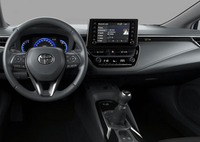 Toyota-Corolla-private-lease-interieur-handgeschakeld.png