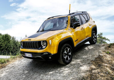 Jeep-Renegade-2019-1024-0a-Grote-foto