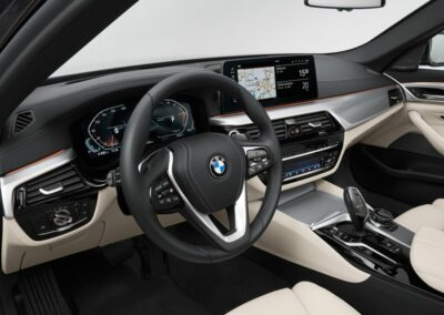 BMW 5 serie touring private lease interieur 2