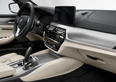 BMW 5 serie touring private lease interieur 3