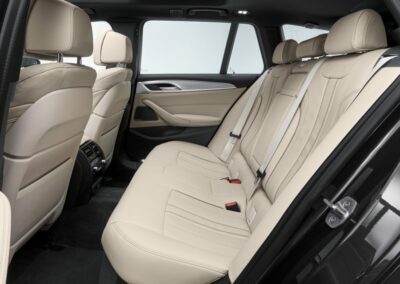 BMW 5 serie touring private lease interieur 4