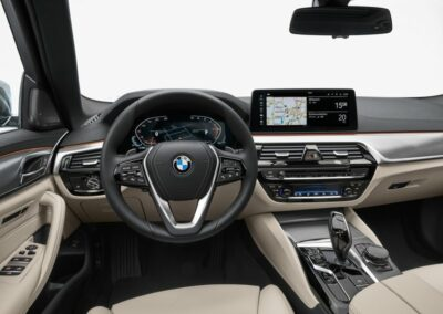 BMW 5 serie touring private lease interieur